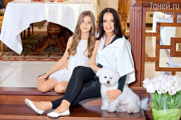 София Ротару с внучкой Софией Емельяненко
