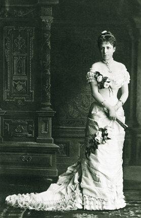 Когда Франц Фердинанд зачастил  в имение эрцгерцогини Изабеллы,  все сочли, что предметом его  чувств стала дочь хозяйки дома,  Мария-Кристина