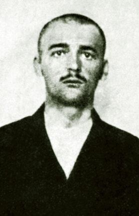 Неделько Габринович, один из сербских террористов, готовившихся  к покушению на эрцгерцога, был болен туберкулезом. Гибель на эшафоте  он предпочел смерти в больнице