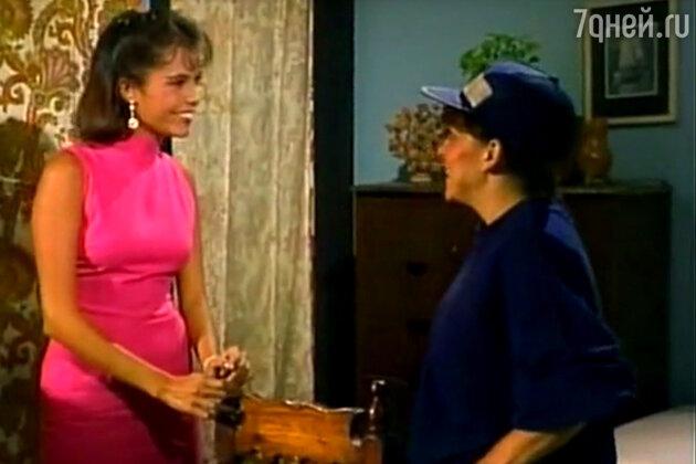 Судьба красавицы Марианы Леви, сыгравшей Линду (слева), сложилась трагически: 40-летняя актриса, страдавшая проблемами с сердцем скончалась 29 апреля 2005 года в Мехико от сердечного приступа во время нападения на нее бандитов