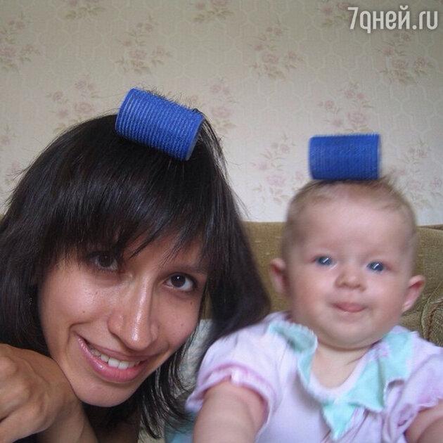 Елена Борщева с дочерью Умой