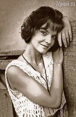 Моей маме, актрисе Стелле Ильницкой, все в жизни давалось непросто