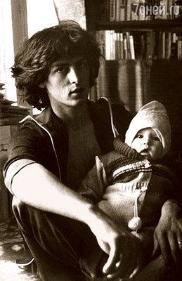 Мой отец Георге Грыу ушел из семьи, когда мне еще не исполнилось года