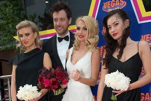 Звезды поздравили Сашу Савельеву и Кирилла Сафонова с годовщиной свадьбы