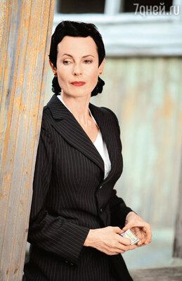 Ирина Апексимова сыграла наставницу будущих шпионок