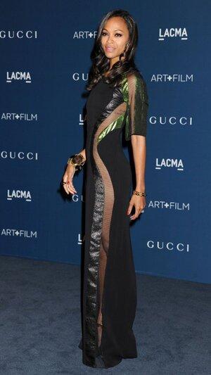 Зои Салдана в платье от Gucci на ужине LACMA Art + Film Gala