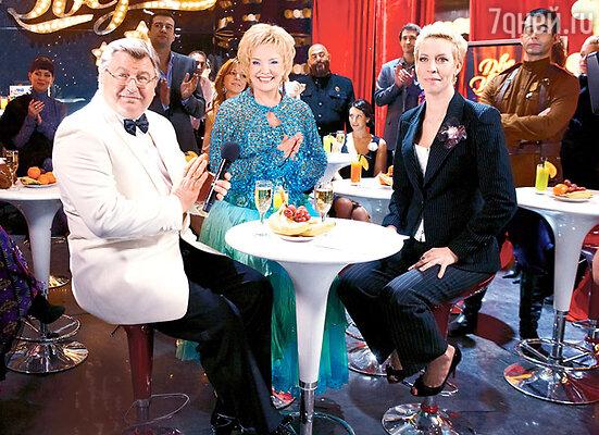 На программе «Две звезды» с партнершей Екатериной Шавриной и ведущей Татьяной Лазаревой