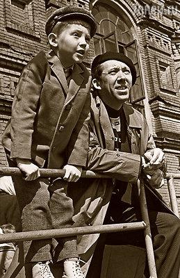 Получив телеграмму о рождении сына, Юра устроил такой праздник, от которого здание ленинградского цирка тряслось два дня