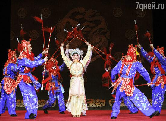 Китайская опера «Гуо Ганг»