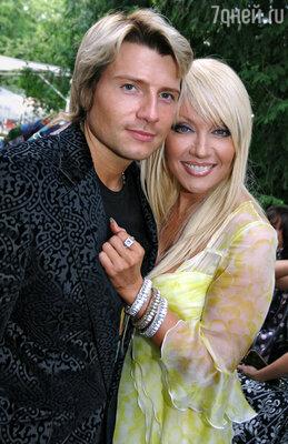 Российских поклонников у Таисии Повалий стало гораздо больше, после того, как она исполнила свой первый дуэт с Николаем Басковым
