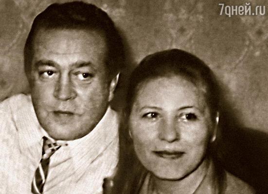 Я с третьим мужем Нонны Владимиром Сошальским. С ним они тоже не сошлись характерами