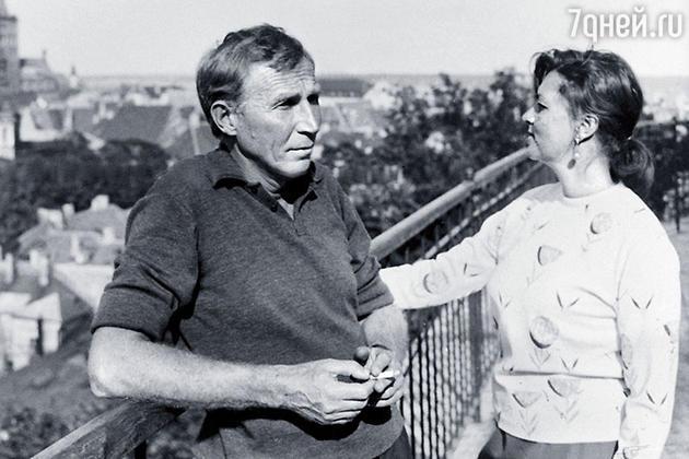 Иван Лапиков с женой Юлией Фридман