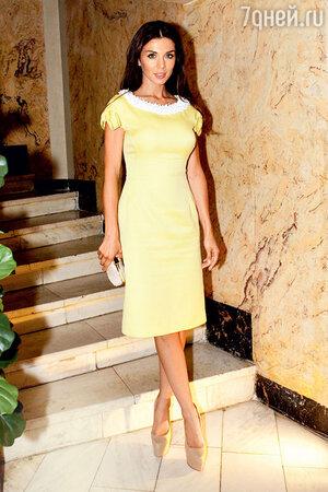 Анна Седокова на церемонии вручения одной из премий в области красоты. 2012 г.