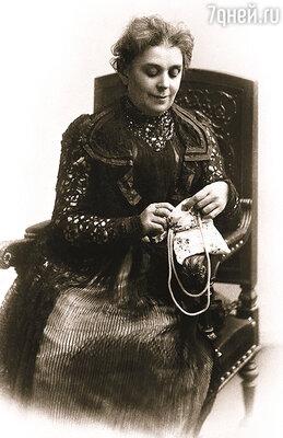 Варвара Алексеевна Морозова, мать Михаила, имела безусловный авторитет в свете, и именно через нее сын действовал, когда решил возвратить жену