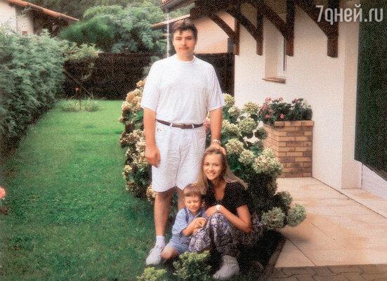 Мария Миронова с первым мужем Игорем Удаловым и сыном Андреем