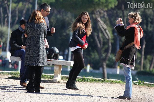 Роуэн Аткинсон с семьей на отдыхе в Италии