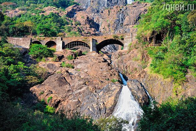 Гоа. Водопад Дудхсагар