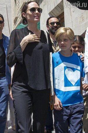 Анджелина Джоли с дочерью в Турции