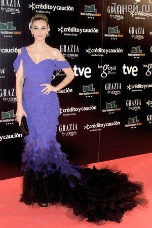Норма Руис в платье от Donna Karan Atelier