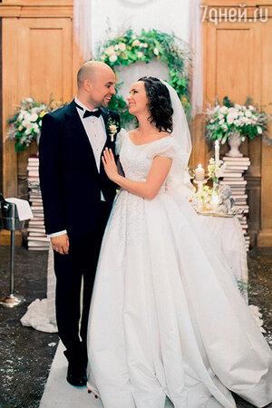 Валерия Ланская с мужем