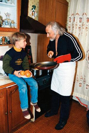 Борис Химичев с внуком