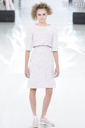 Показ Chanel.  Неделя высокой моды в Париже