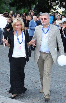 Писатель Юрий Поляков с женой