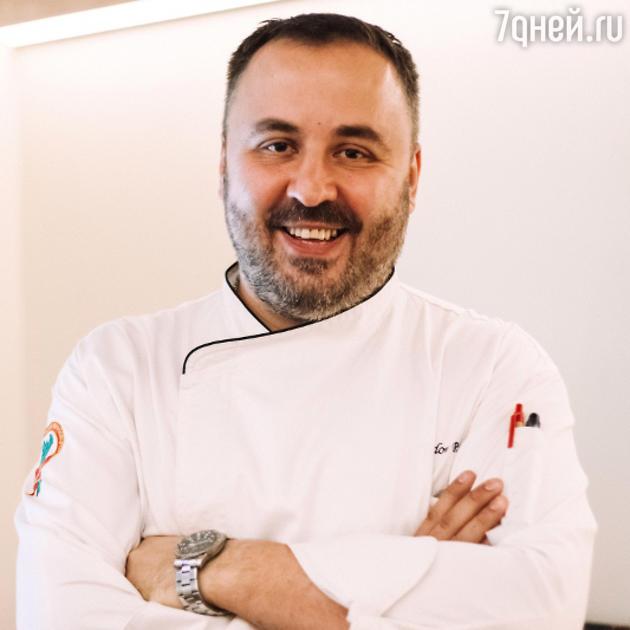 Шеф-повар Руслан Шмидов