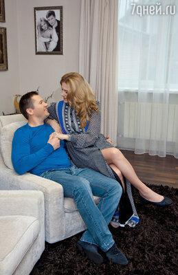 Алексей: «Долго мы ловили на себе косые взгляды: как же, парень женился наженщине с ребенком, даеще истарше себя»