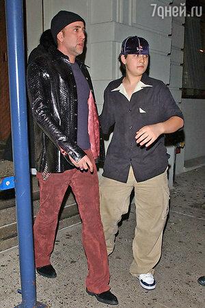 Николас Кейдж (Nicolas Cage) со старшим сыном  Уэстоном