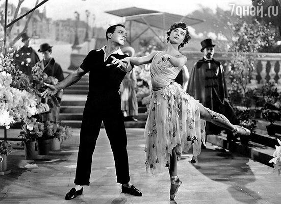 Фильм «Американец в Париже» вышел в прокат в 1951 году и имел ошеломляющий успех. Годом позже Джин Келли снялся в ленте «Поющие под дождем» и превратился в живую легенду