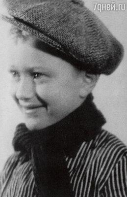 Андрюша Миронов в 1951 г.