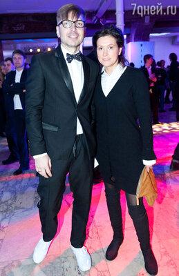 Александр Анатольевич с женой