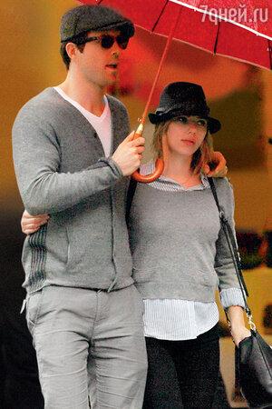 Скарлетт Йоханссон с бывшим мужем Райаном Рейнолдсом. 2010 г.