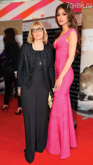 Анастасия с мамой Верой Глаголевой