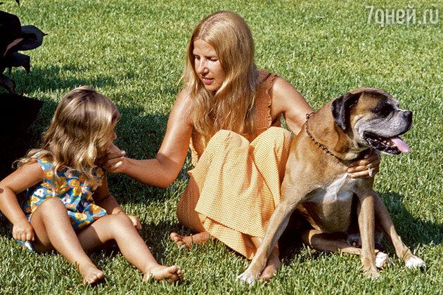 Герцогиня Альба с дочерью