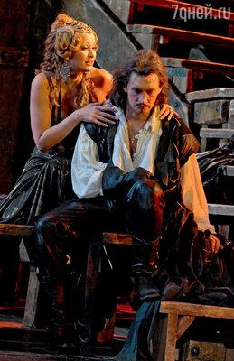 С Ольгой Кабо в спектакле «Сирано де Бержерак» Театра имени Моссовета