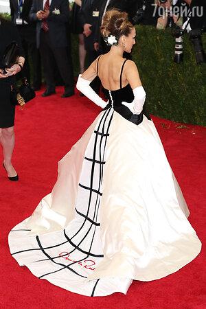 Сара Джессика Паркер в платье от Oscar de la Renta