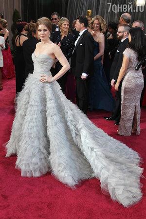 Эми Адамс на премии «Оскар» в Oscar de la Renta, 2013 год