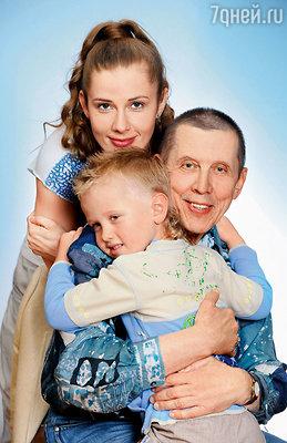 Валерий Золотухин с Ириной Линдт и сыном Ваней