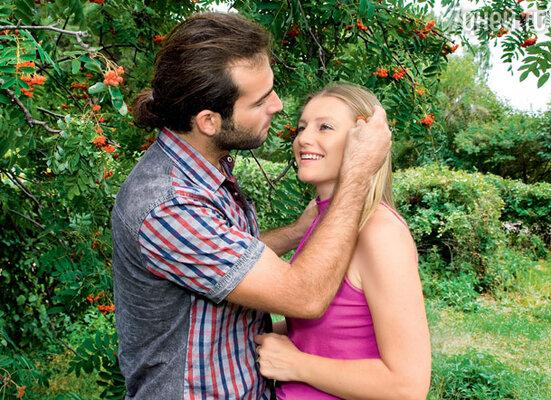 «Мне трудно себя сдерживать, когда незнакомые мужчины начинают мою жену обнимать и целовать!»