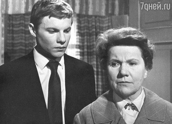 Виталий Соломин и Нина Сазонова в фильме «Женщины» . 1966 год