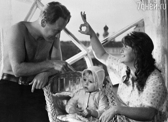 Наталья гундарева и Виктор Проскурин в фильме «Однажды 20 лет спустя». 1980 год