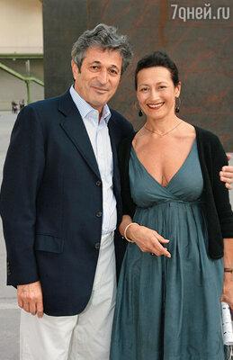 Сыновья Дины Верни тоже посвятили свою жизнь Майолю: один стал директором музея художника, другой — возглавил его фонд. На фото: сын Дины Оливье с женой