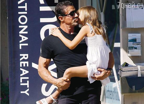 С дочерью Скарлет