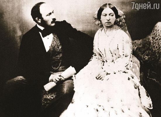 Незадолго до своей преждевременной смерти принц Альберт сказал, что наверняка проклят, потому что один раз допустил слабость и попустительство в вере... Королева Виктория с супругом. Лондон, 1854 г.
