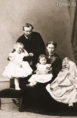 Алиса вышла замуж за Людвига Гессенского, которого видела до свадьбы всего пару раз