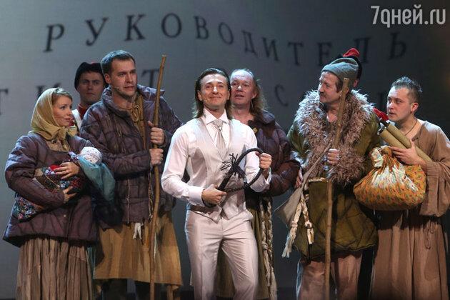 Сергей Безруков  на праздновании 70-ти летия Школы-студии МХАТ