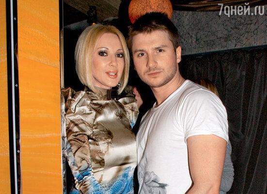 У Леры Кудрявцевой и Сергея Лазарева отличное взаимопонимание, но что-то мешает им быть вместе, считает Норузи