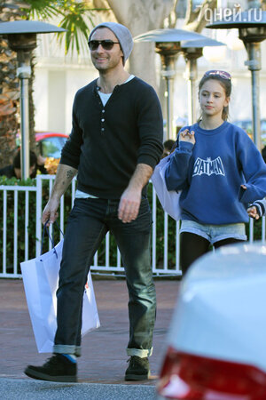 Джуд Лоу с дочерью Айрис